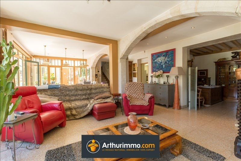 Deluxe sale house / villa Belley 684000€ - Picture 3