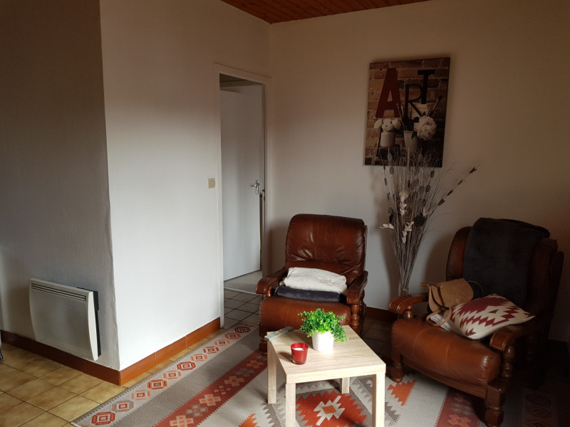 Location maison / villa La brède 590€ CC - Photo 5