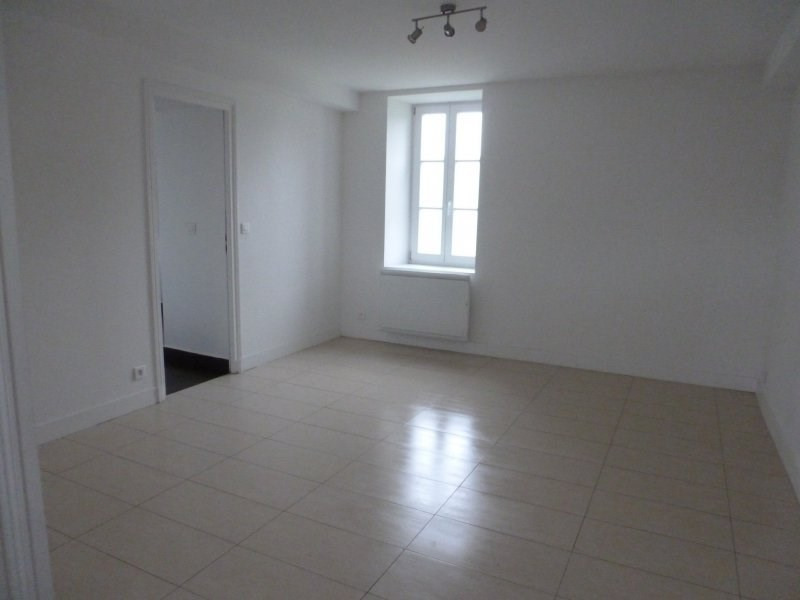 Location maison / villa Borest 1 350€ CC - Photo 3