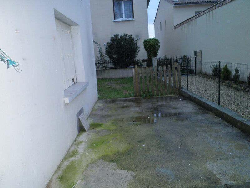 Location maison / villa Saint-yrieix-sur-charente 535€ CC - Photo 14