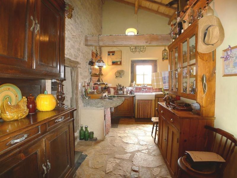 Vente de prestige maison / villa St paul la roche 388000€ - Photo 6