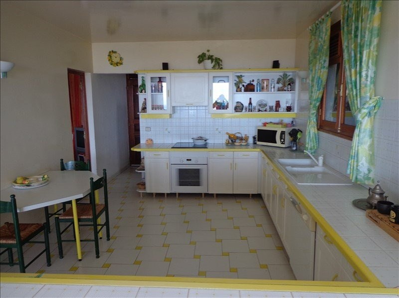 Investment property house / villa St claude 501 975€ - Picture 8