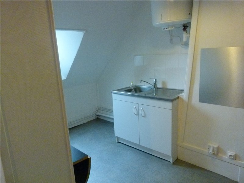 Location appartement Montfort l amaury 650€ CC - Photo 2