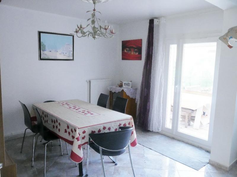 Sale house / villa Cergy 250000€ - Picture 2