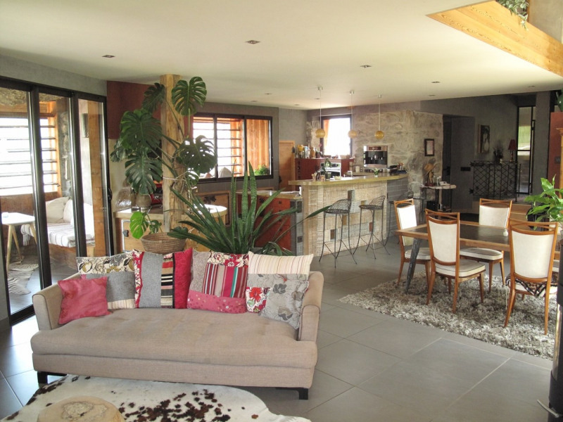 Deluxe sale house / villa Annecy 625000€ - Picture 3