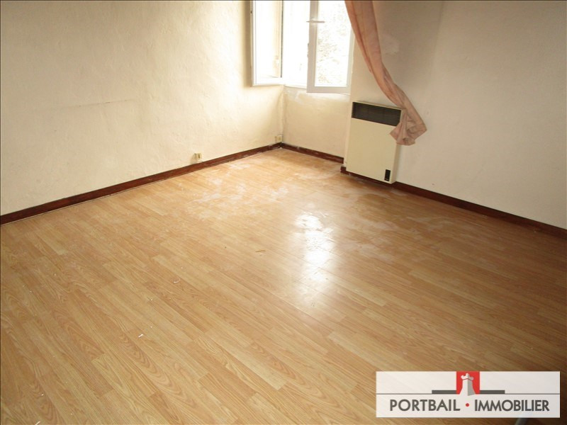Location maison / villa St androny 560€ CC - Photo 2