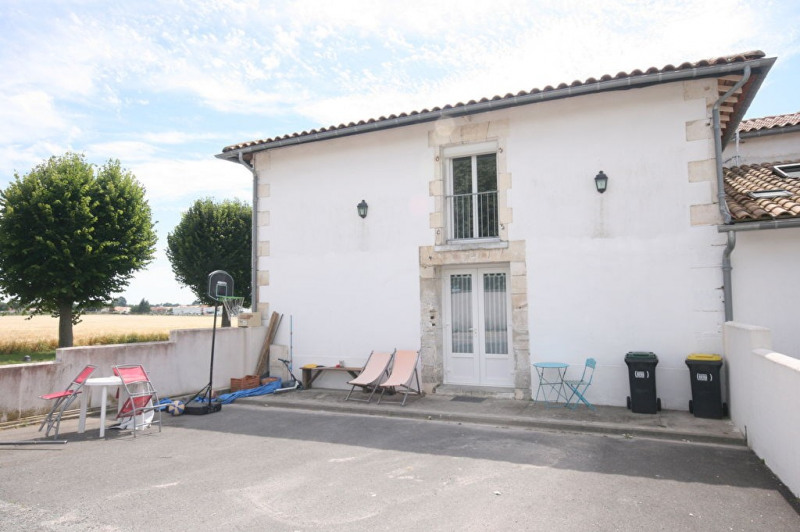 Vente maison / villa Semussac 159 000€ - Photo 1