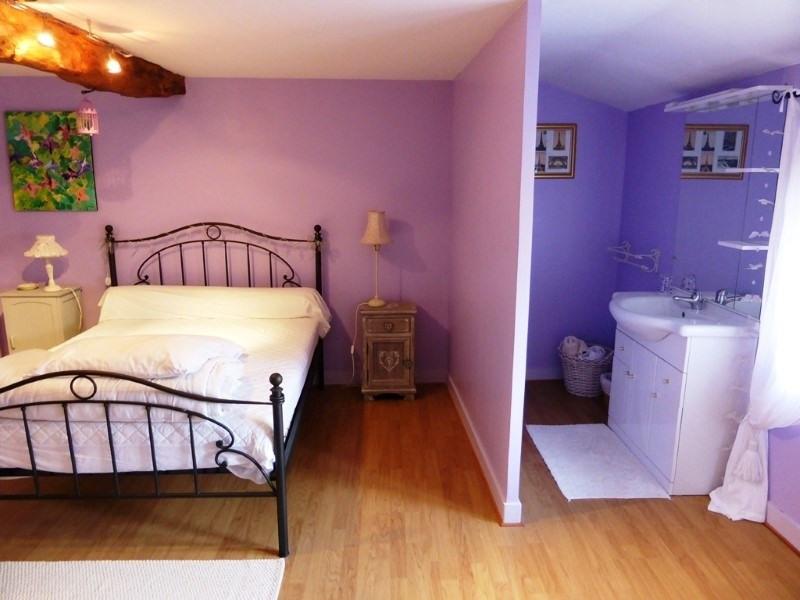 Vente maison / villa St amant de graves 397500€ - Photo 7