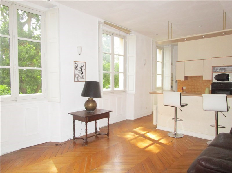 Vente appartement Versailles 377 000€ - Photo 2