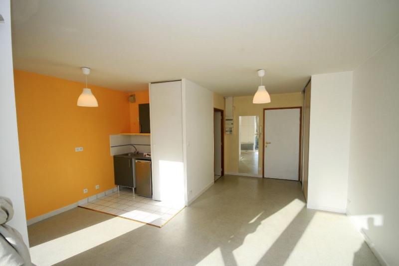Rental apartment Brest 330€ CC - Picture 1