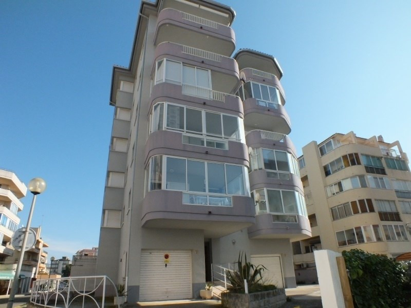 Vente appartement Roses-santa-margarita 200 000€ - Photo 1