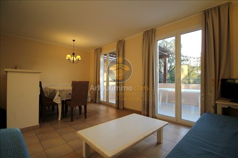 Sale apartment Grimaud 180000€ - Picture 4