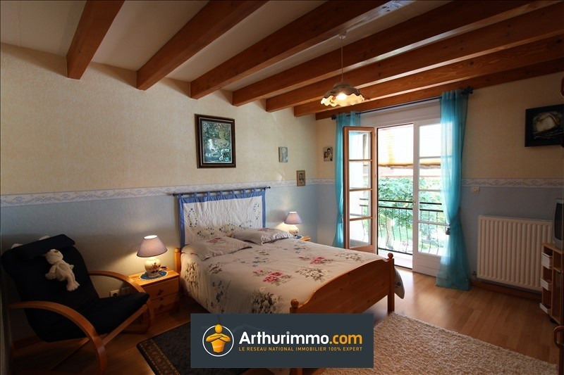 Sale house / villa Yenne 260000€ - Picture 12