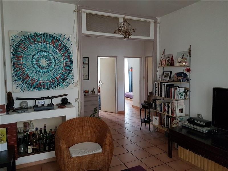 Sale apartment Aix en provence 230000€ - Picture 1