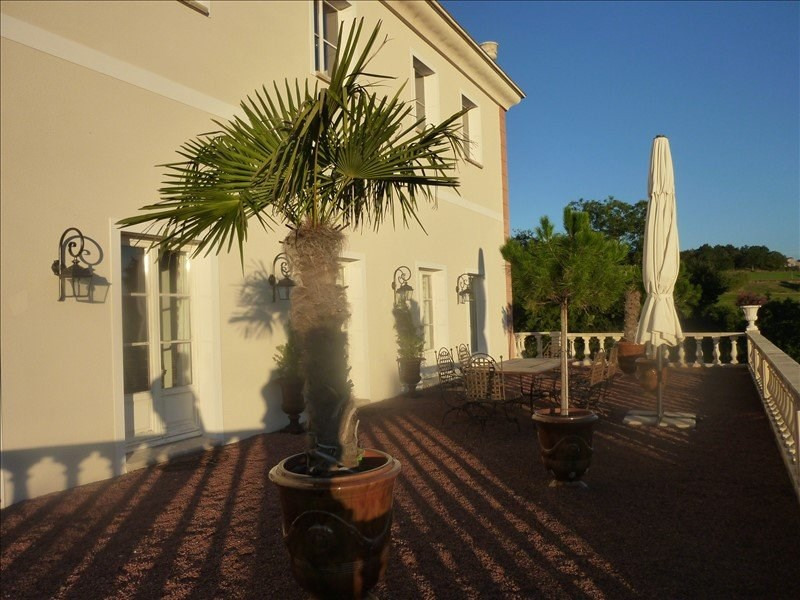 Deluxe sale house / villa Cottance 694 000€ - Picture 4