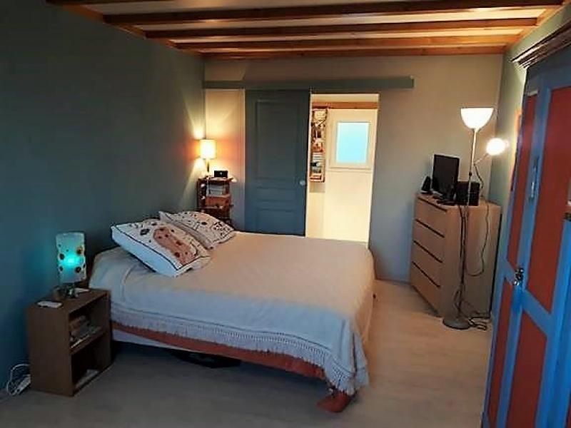 Sale house / villa St georges d esperanche 240000€ - Picture 4
