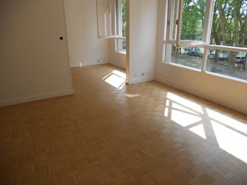 Rental apartment Nevers 750€ CC - Picture 1
