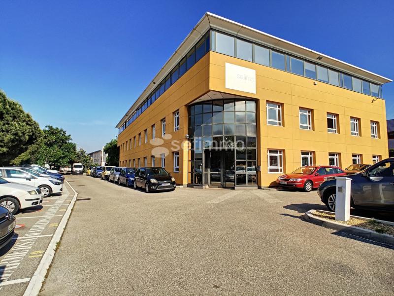 Rental office Marseille 16ème 1298,67€ HT/HC - Picture 1