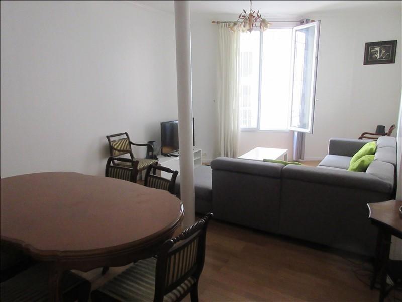 Sale apartment Paris 10ème 890000€ - Picture 3
