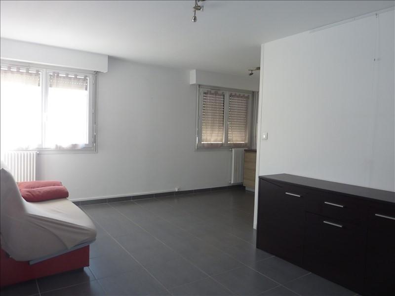 Rental apartment Marseille 5ème 610€ CC - Picture 1