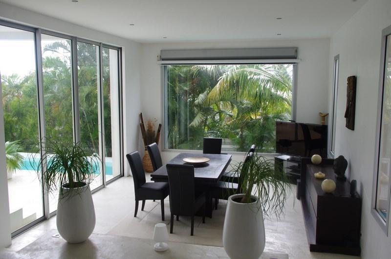 Deluxe sale house / villa St gilles les bains 898000€ - Picture 3