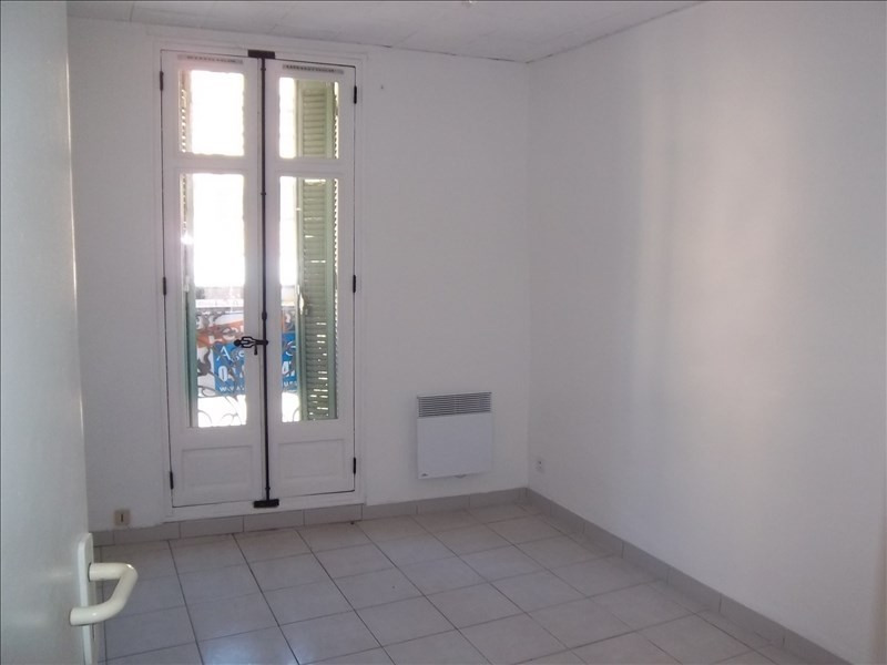 Location appartement Aubagne 493€ CC - Photo 3