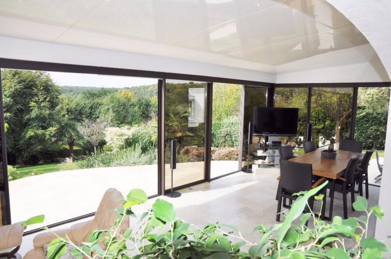 Deluxe sale house / villa Saint berthevin 582000€ - Picture 2