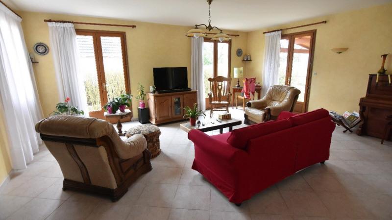 Sale house / villa Beaumont sur oise 435000€ - Picture 2