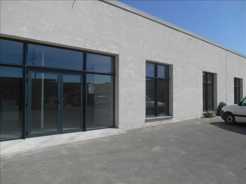 Location local commercial Carpentras 2 115€ HT/HC - Photo 1