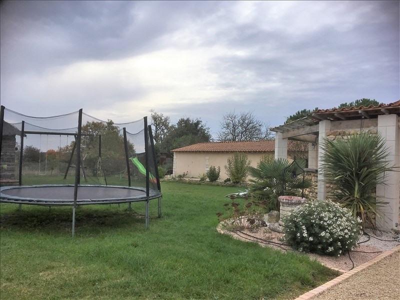 Vente maison / villa Lavoux 297000€ - Photo 2