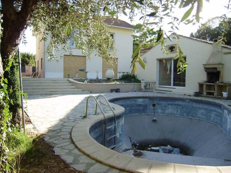 Deluxe sale house / villa Salon de provence 555000€ - Picture 2