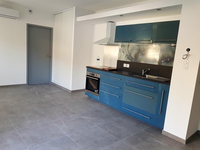 Rental apartment Callas 600€ CC - Picture 3