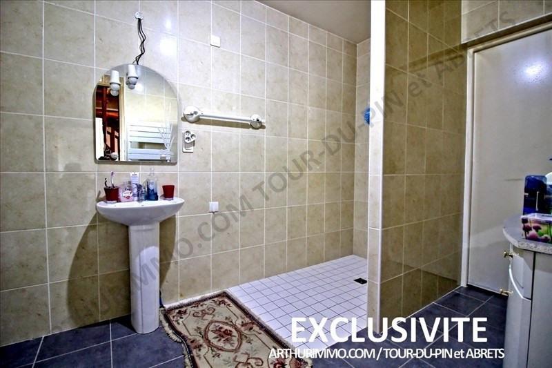 Sale house / villa Les abrets 225000€ - Picture 4