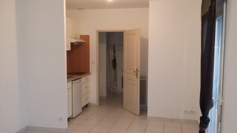 Rental apartment La brède 300€ CC - Picture 4