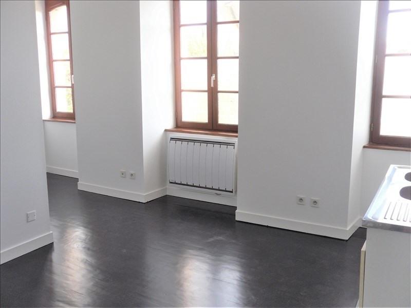Rental apartment Quimperle 300€ CC - Picture 1