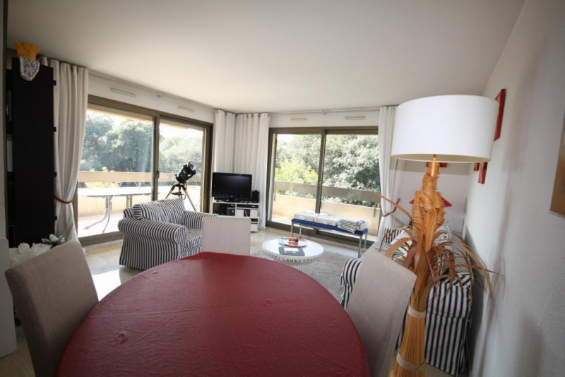 Sale apartment Juan les pins 696000€ - Picture 5