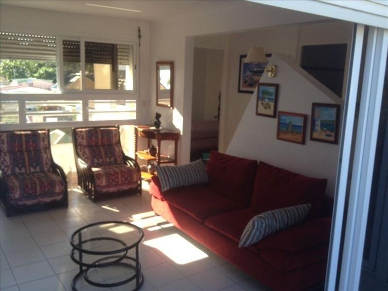 Rental apartment Ste anne 1150€ CC - Picture 2