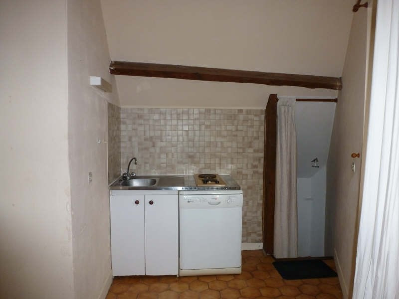Rental apartment Neauphle le chateau 648€ CC - Picture 3