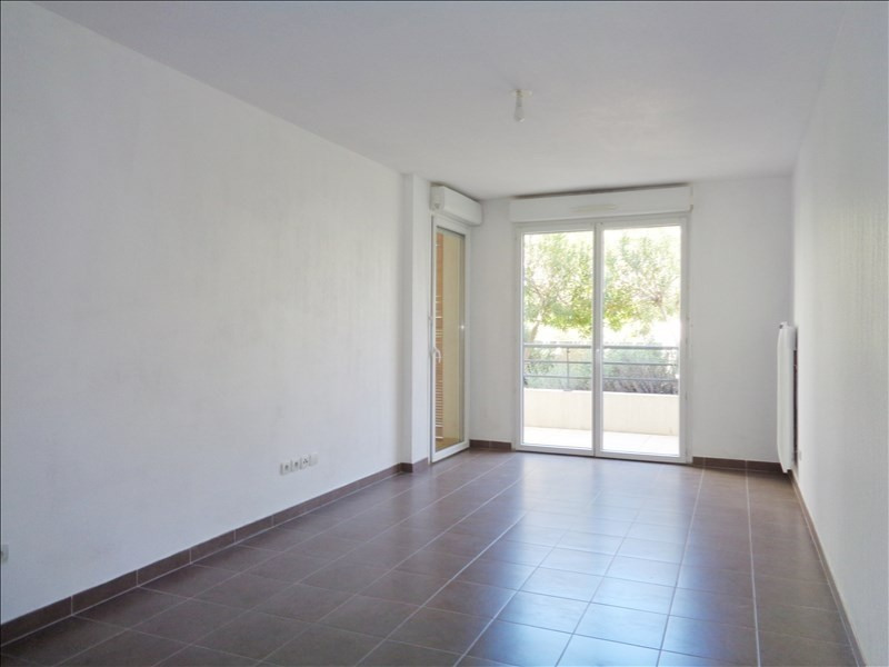 Location appartement Seyne sur mer 595€ CC - Photo 1