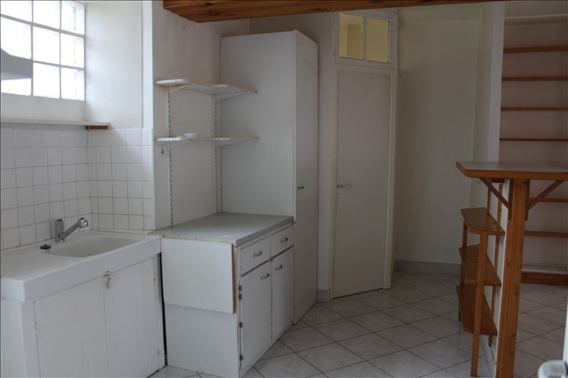 Location maison / villa Charmoy 480€ CC - Photo 5