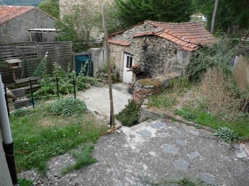 Revenda casa Rozier-cotes-d'aurec 75000€ - Fotografia 3