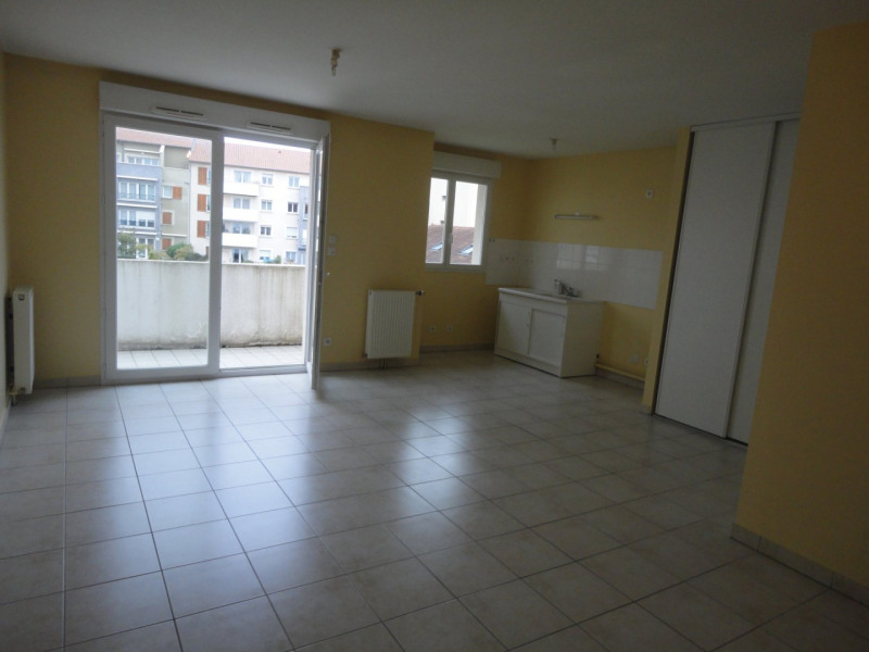 Location appartement Limoges 428€ CC - Photo 1