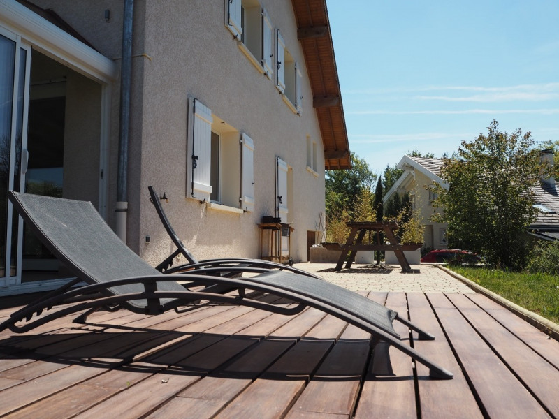 Sale house / villa Villy-le-pelloux 530000€ - Picture 1