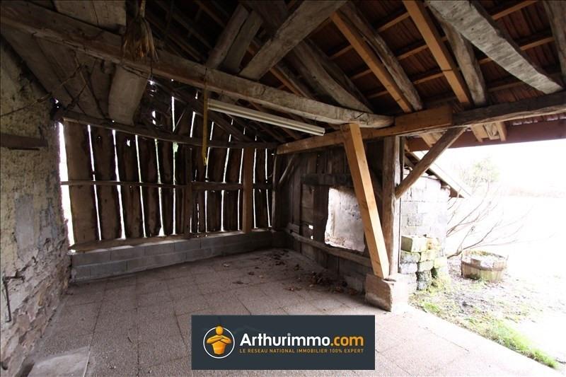 Sale house / villa Le bouchage 94500€ - Picture 9