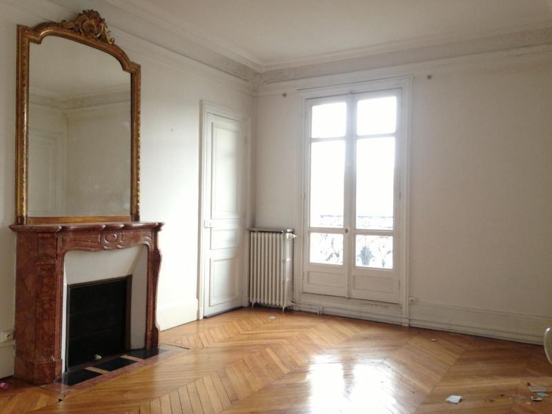 Location appartement Paris 3ème 3385€ CC - Photo 3