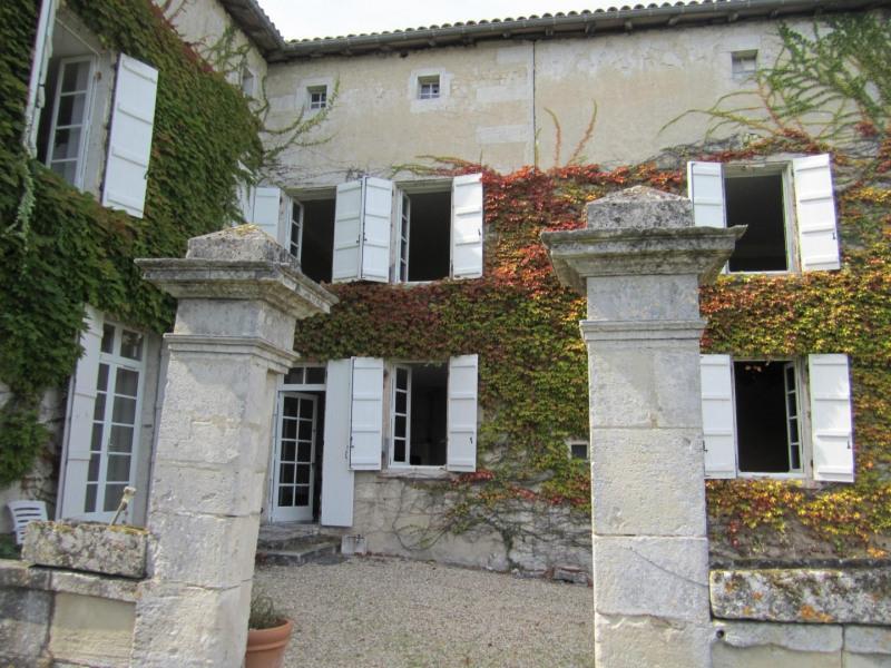 Vente maison / villa Barbezieux saint hilaire 416000€ - Photo 2