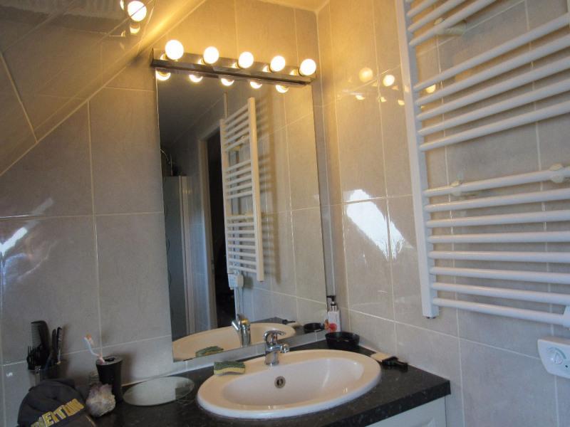 Sale house / villa Lesigny 390000€ - Picture 7