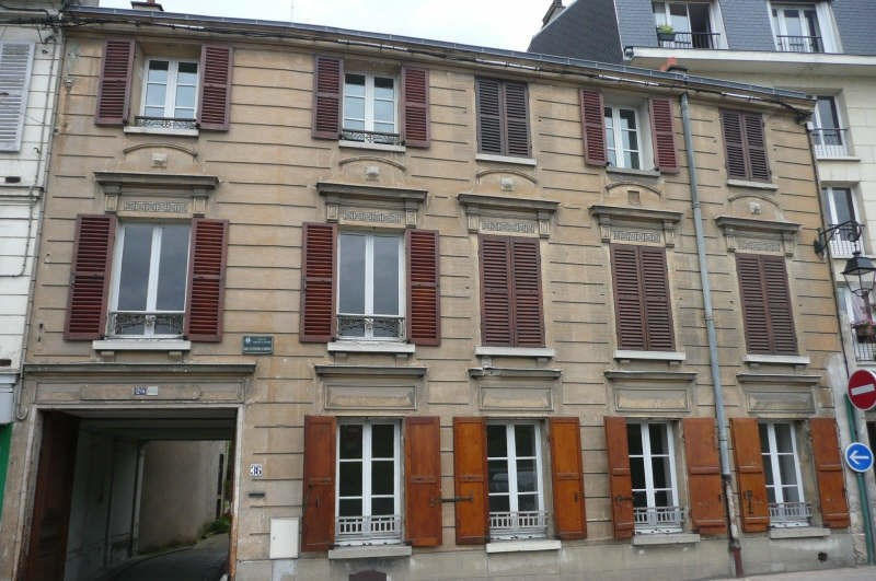 Location maison / villa Verrieres le buisson 1950€ CC - Photo 1