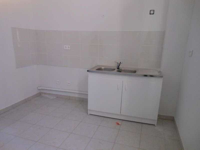 Location appartement Uchaud 660€ CC - Photo 3