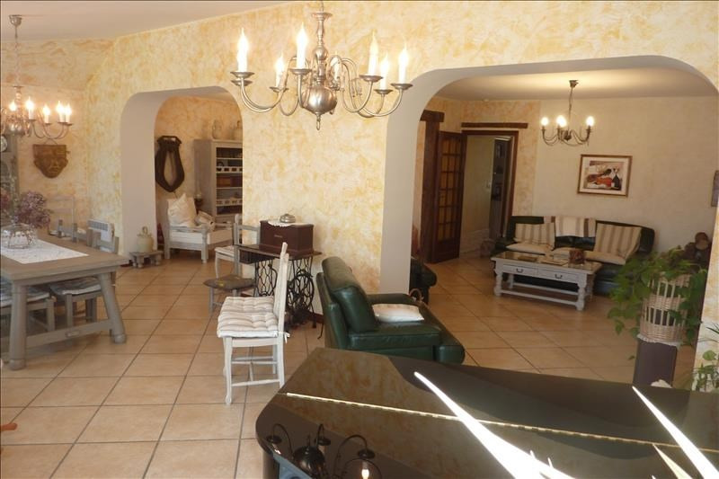 Vente maison / villa Nanteuil le haudouin 304500€ - Photo 2